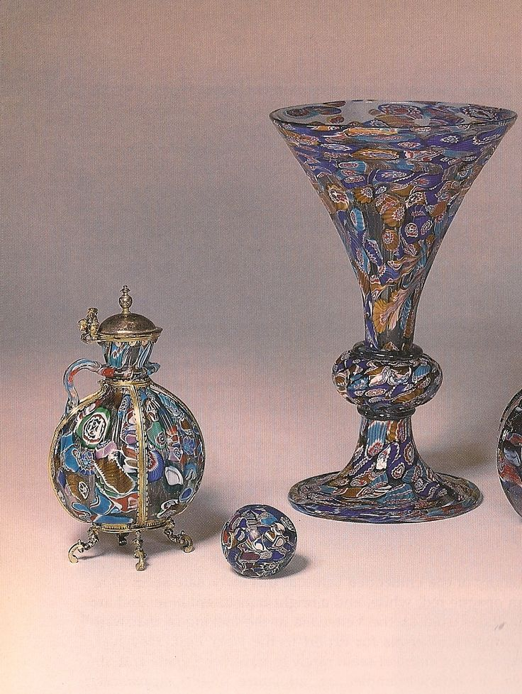 Spalvoto stiklo indai (millefiori),16 amžius