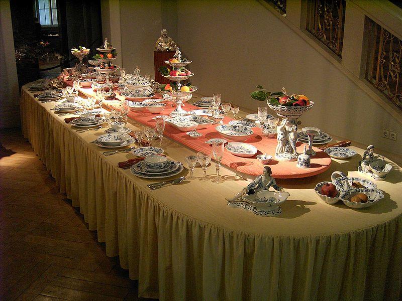 Meissen porceliano pietų servizas.
