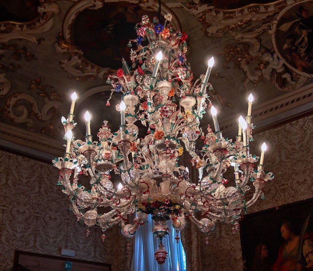 Šviestuvas (Ca' Rezzonico muziejus, Venecija)