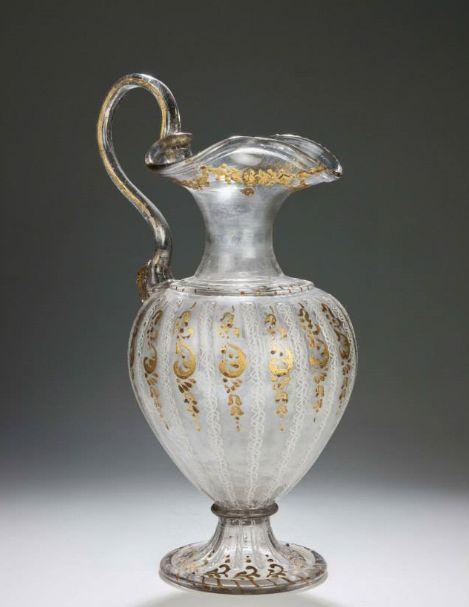Venecijos stiklo indas, pagamintas dviem technikomis: aukso siūlų stikle (aventurine) ir pieno stiklo (lattimo)