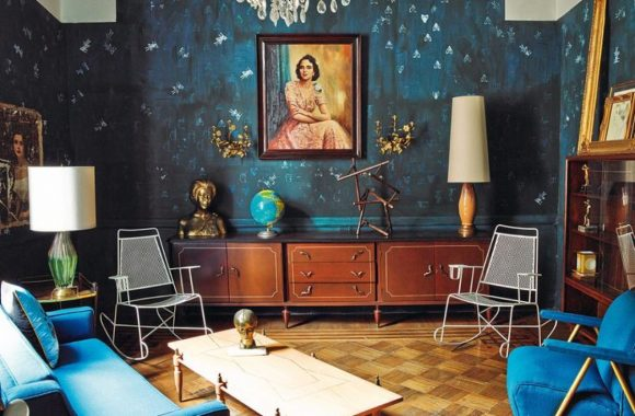 eclectic-interior-design-living-room-blue-walls-furniture-the-difference-between-modern-and-kukun
