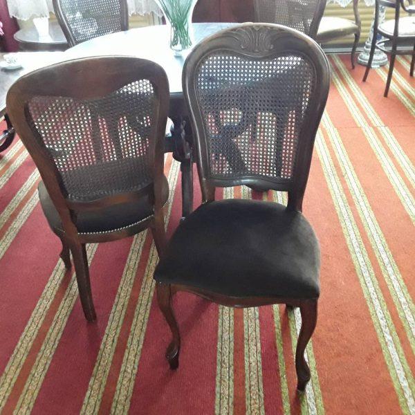 Kėdės 4 vnt. 160€