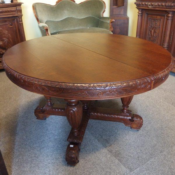 Ąžuolinis stalas 1250€