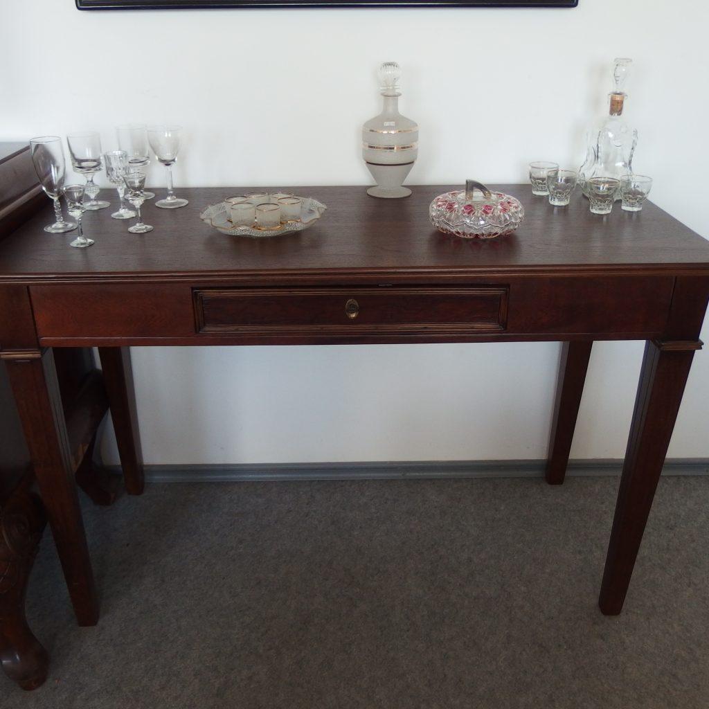 Senovinė, ąžuolinė konsolė, restauruota. 320€