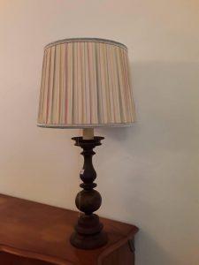 Šviestuvas 110,00€ Yra du identiški šviestuvai. Vieno kaina 110 eurų. Aukštis 98 cm